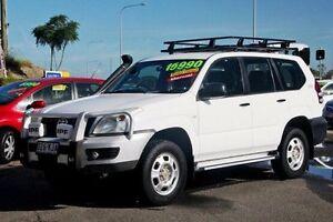 2004 Toyota Landcruiser Prado KZJ120R GX White 5 Speed Manual Wagon Gympie Gympie Area Preview