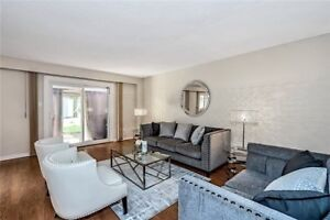 Beautiful 4 Bedroom Home In Prime Pickering Location