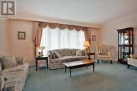 Home In High Demand Mississauga Neighbourhood For Sale!!