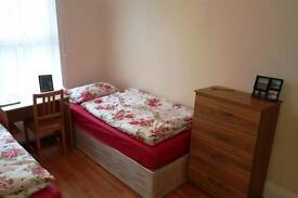 2 bedrooms in Burdett Road A -, E3 4TN, London, United Kingdom