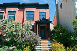 3 Bedroom House in the ByWard Market Area