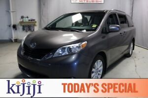 2012 Toyota Sienna AWD LE Rear DVD,  3rd Row,  Back-up Cam,  Blu