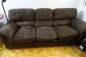3 Seat Sofa (Priced to Sell)