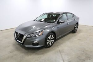 2019 Nissan Altima AWD SV 2.5 Moonroof, Propilot assist, Rear so