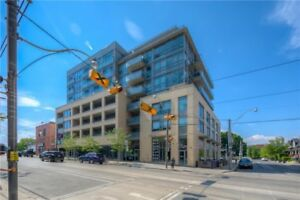 Lovely Bed+Den Condo In The Heart Of Toronto At Queen St