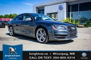 2013 Audi S8 AWD Fully Loaded w/ Night Vision