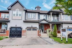 Absolutely Stunning!! 3 Bdrm, 3 Bath Freehold Townhome In Ajax