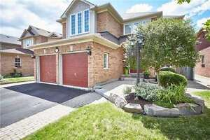Beautifully Appointed Williamsburg Home!