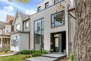 2750+SqFt – 3 Bed/3 Bath – Prime Trinity Bellwoods Park Home.
