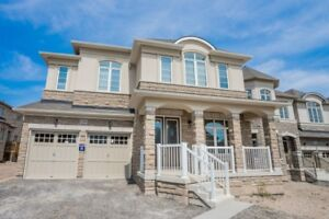 Oakville New Detached House 4000 Sqft 5-bedroom Rent $4000.00