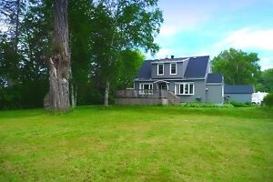9 Dacey Rd, 3 Bedroom Home with a View of St. Mary's River!