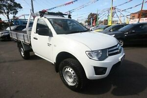 2012 Mitsubishi Triton MN MY13 GLX White 5 Speed Manual Cab Chassis Kingsville Maribyrnong Area Preview