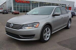 2013 Volkswagen Passat TRENDLINE AUTOMATIC Heated Seats,  Blueto