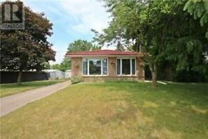 Three Bedroom bungalow for rent in Newmarket