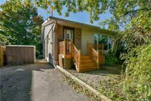 FANTASTIC PRICE!!!3+2BED 2BATH SEMI IN PICKERING!!PRICED TO SELL