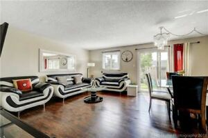Completely Renovated 3Br TownHouse@Queen/Hanseen,L6V3C5