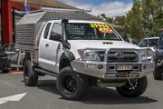 2005 Toyota Hilux KUN26R MY05 SR Xtra Cab Glacier White 5 Speed Manual Cab Chassis Noosaville Noosa Area Preview