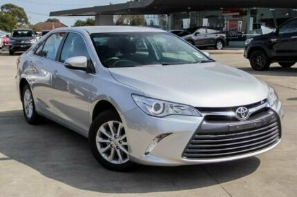 2016 Toyota Camry Silver Sports Automatic Sedan