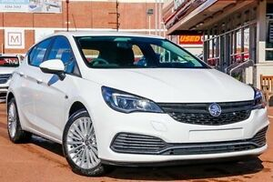 2017 Holden Astra BK MY17 R White 6 Speed Sports Automatic Hatchback Fremantle Fremantle Area Preview