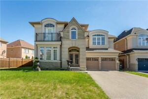 Gorgeous Detached Home In Very High Demand Location Area !!