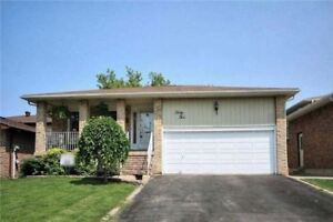 Spacious 3 Bedroom House for Rental (Upper Level) (OCTOBER 1)