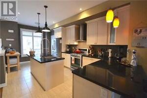 Premium End-Unit Townhome, 3Beds, 2Baths, 181 PLAINS RD W Oakville / Halton Region Toronto (GTA) image 4