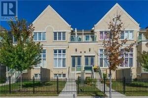 Renovated Monarch Townhouse,4Br,4Wr,25 MAYTIME WAY, Markham