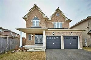 House For Rent in A Beautiful Neighborhood  - Whitby