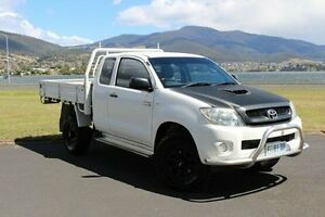 2008 Toyota Hilux KUN26R MY09 SR Xtra Cab White 5 Speed Manual Cab Chassis Invermay Launceston Area Preview
