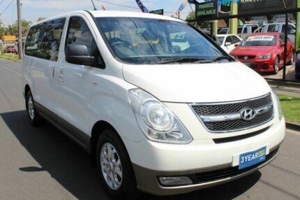 2009 Hyundai iMAX TQ-W White Automatic Wagon