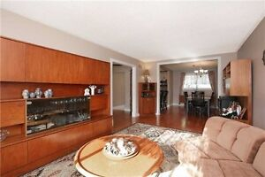 Nicely Renovated Raised Bungalow In Sought After Sw Oakville. Oakville / Halton Region Toronto (GTA) image 7