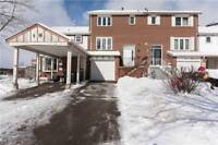 Fantastic 3 Bedroom Freehold Townhouse On A Cul-De-Sac!