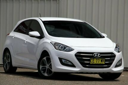 2015 Hyundai i30 GD3 Series II MY16 Active White 6 Speed Sports Automatic Hatchback Tuggerah Wyong Area Preview