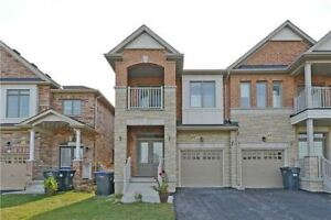 Luxury Semi Detach Home For Rent Over 2000 Sqft Queen/Chingcousy