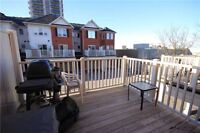 Beautiful condo town house with 3 bedrooms for sale