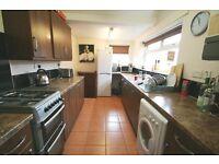 4 bedroom flat in Warton Terrace, Heaton, Newcastle Upon Tyne, NE6