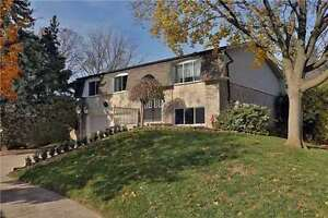Nicely Renovated Raised Bungalow In Sought After Sw Oakville. Oakville / Halton Region Toronto (GTA) image 2