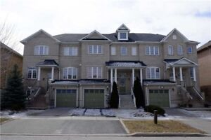 Upgraded 3Br 4Wr Townhouse** 100% Freehold** Fin Bsmnt**