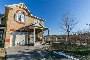 Stunning Executive Townhome FOR SALE in Newmarket   #47