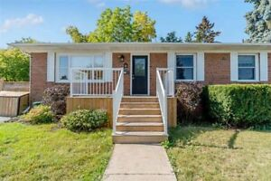 Georgetown - 3 Bed-Detached Bungalow Available (Main Floor only)