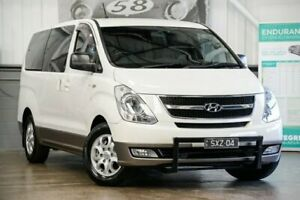 2013 Hyundai iMAX TQ-W MY13 White 6 Speed Manual Wagon