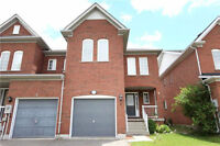 ☆☆ Gorgeous End Unit Executive Style Freehold Townhouse☆☆