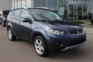 2008 Mitsubishi Outlander XLS-Comes with Winter tires!