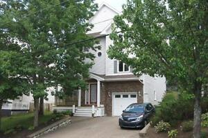 15-088 Spacious large home near all amenities.