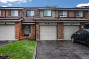WHITBY UPGRADED 3-BEDROOM  CONDO TOWNHOUSE.GREAT VALUE!