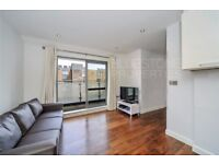 Beautiful 1 Double Bedroom Flat with Balcony-2 mins walk from Imperial Wharf Station-Available now!!