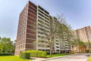 Beautifully Renovated 2 Bedroom Condo In Heart Of Mississauga!
