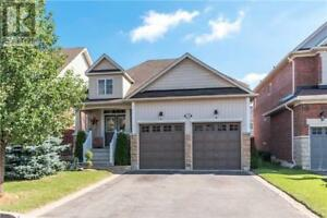 21 ROCKLAND CRES Whitby, Ontario
