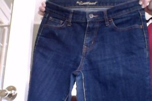 OLD NAVY SWEETHEART JEANS SZ 6