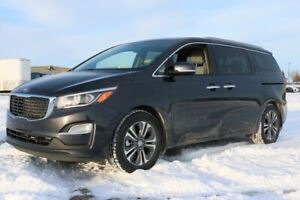 2019 Kia Sedona SX Accident Free,  Heated Seats,  Sunroof,  Back
